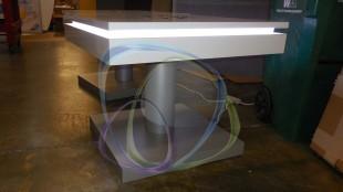 Kablosuz şarj özellikli masalar